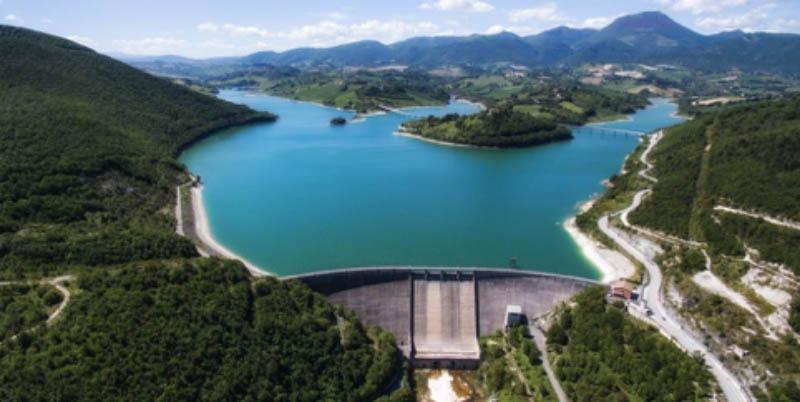 Fig. 1 - Lake Castreccioni, Cingoli (Marche Region, Italy)