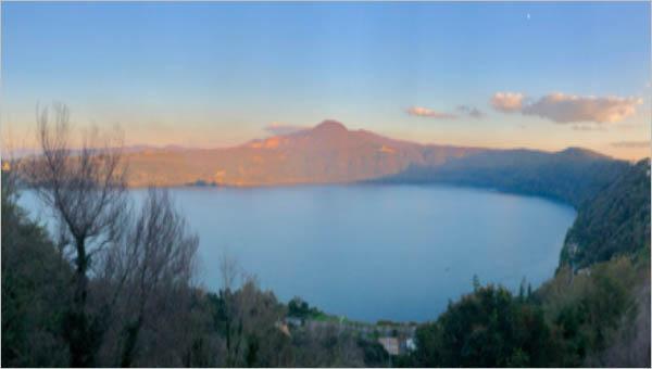 Lake Albano source Wikipedia https://upload.wikimedia.org/wikipedia/commons/9/9b/Lago_Albano_%E2%80%A2_Lake_Albano_%2846753130582%29.jpg  Sonse / CC BY (https://creativecommons.org/licenses/by/2.0)